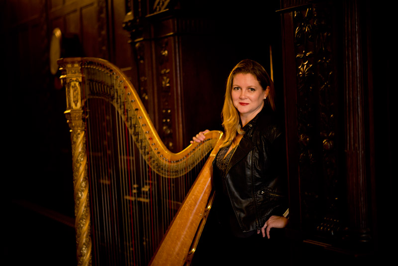 corporate-events-harpist